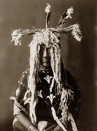 Sacred-Head-dress