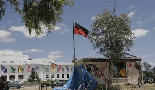 Tent_embassy_2005_coroboree_for_sovereignty