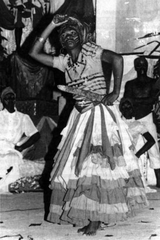 Oya_danseuse