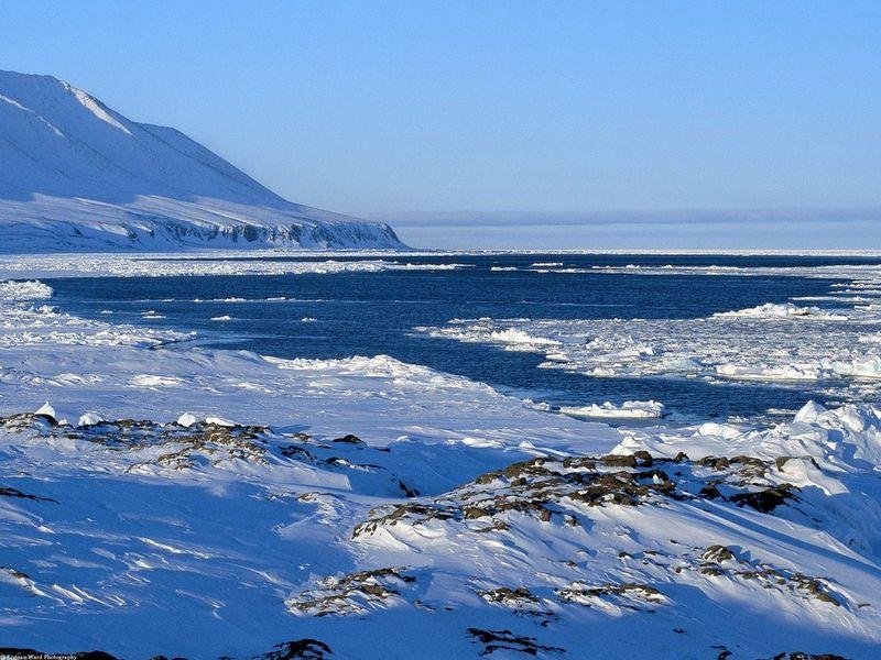 Lancaster_Sound,_Nunavut,_Canada