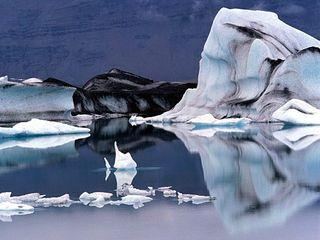 Jokulsarlon_Glacier_Lagoon-_South_Iceland