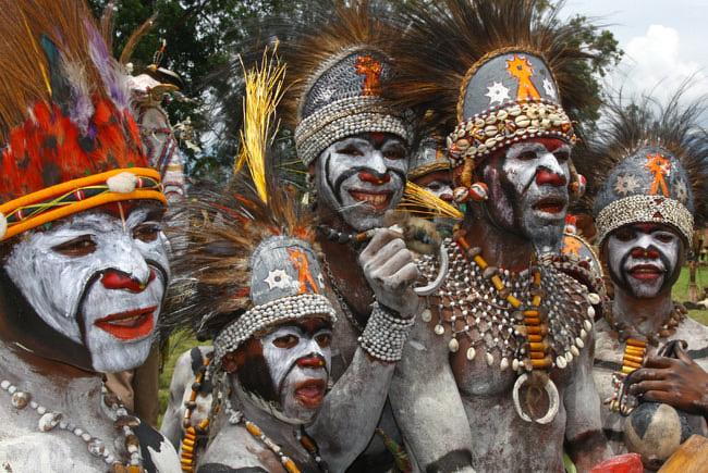 Papous-au-goroka-show-culture--166a81T650