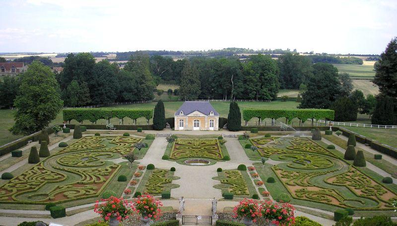 53140_55_jardin-a-la-francaise-du-chateau-de-sassy_chateau-de-sassy