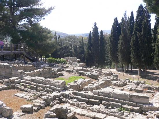 Palais-knossos-crete-grece-1034606266-1137255