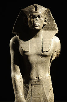Praying_statue_of_king_Amenemhet_III_-_1840-1800_BC_-_Neues_Museum