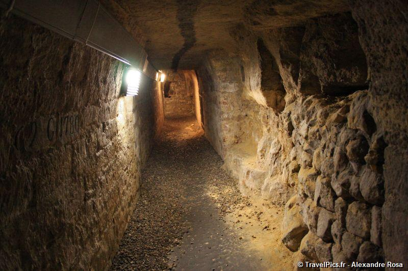 Catacombes_de_Paris_Denfert_Rochereau084