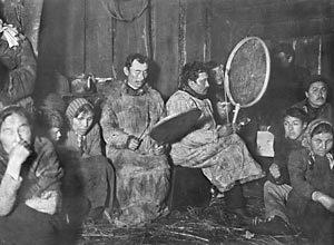 Percussionnistes-lapons-jadis