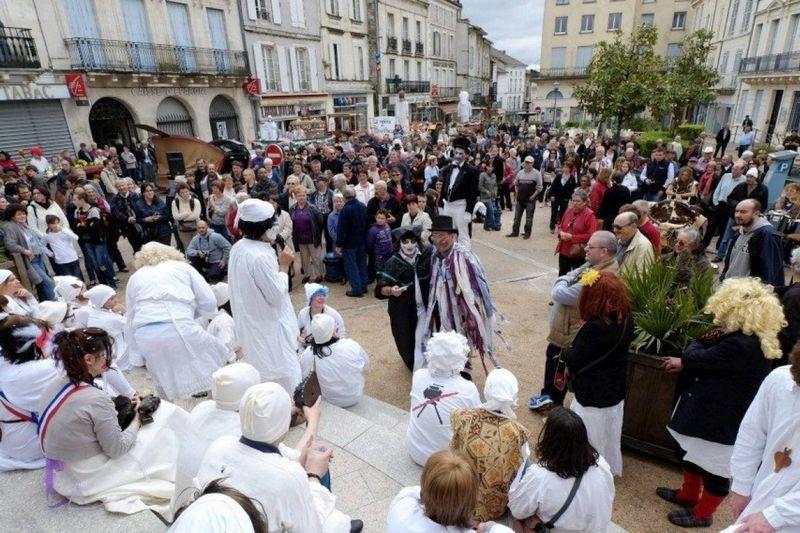 1517571_carnaval-des-soufflacu-3120575-1200_1200x800