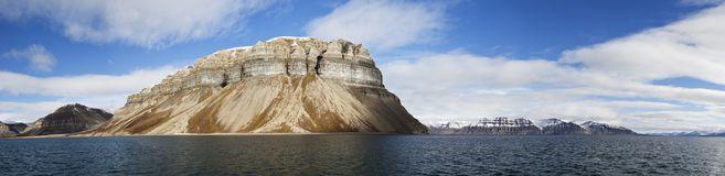 Falaises-panorama-svalbard-norvge-de-skansen-16250160