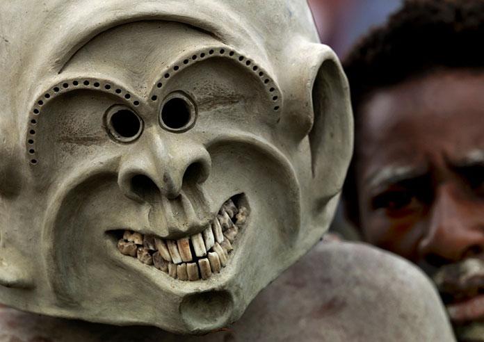 Tribu-Asaro-Mudmen-Nouvelle-Guinee04