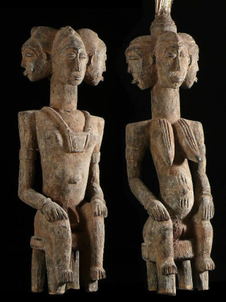 Couple-de-statues-gardiens-de-case-royale-senoufo-cote-ivoir