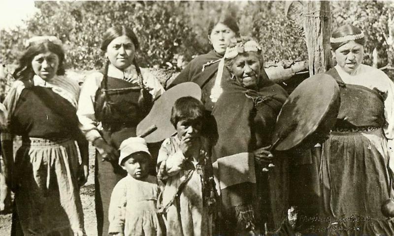 Muejres-Mapuche (Custom)