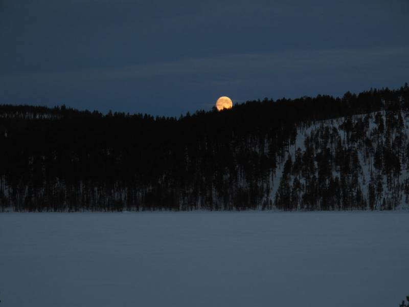 Clair-de-lune-dans-la-nuit-polaire (1)