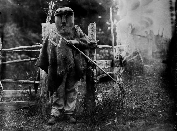 Mapuche_musee_de_l_homme_kollon_large2