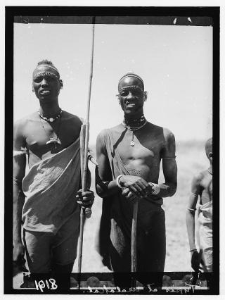 Sudan_Malakal_two_Shiluki_1936.jpg DOMAINE PUBLIC