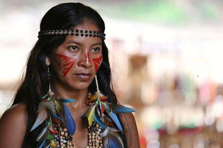 Femme tukano pinterest