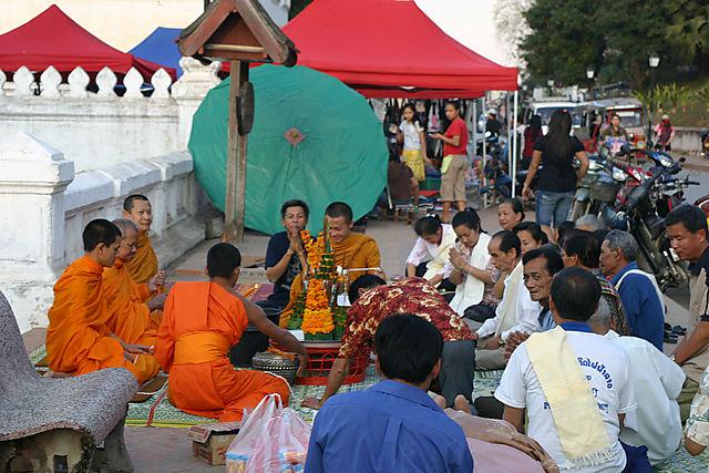 Luang bonzes1